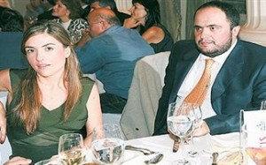 O  presidente Marinakis e sua amável esposa, Jelene Trojanske.