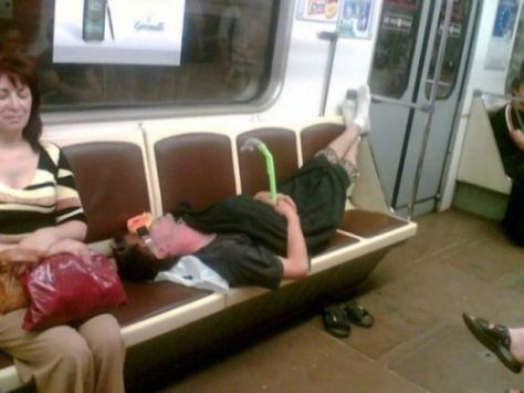 stuff-you-see-on-public-transport-11