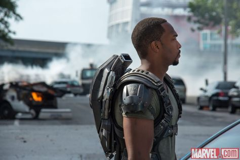 captain-america-the-winter-soldier-anthony-mackie-as-falcon-08